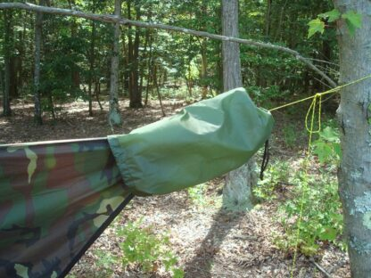 Speed Bag on Tarp Ridge Line Cord